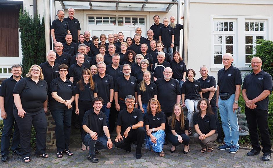 Foto einer großen Teilnehmer-Gruppe
